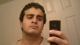Omar Mateen zastřelil v americkém gay klubu 49 lidí.