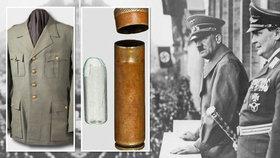 Uniforma nacistického vůdce Adolfa Hitlera nebo kapsle s jedem jeho spolupracovníka Hermanna Göringa se spolu s dalšími jejich osobními věcmi dražily v Mnichově.
