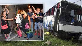 Čeští a slovenští turisté z autobusu, který havaroval v Srbsku.
