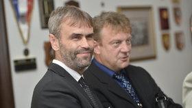 Dnes již bývlý šéf ÚOOZ Robert Šlachta na jednání bezpečnostního výboru Poslanecké sněmovny