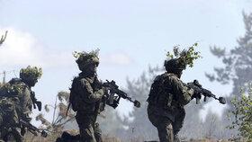 Cvičení NATO nazvané Saber Strike v Pobaltí a Polsku