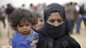 V Sýrii nebo Iráku zažily válku. Děti žen džihádistů mají mít právo na návrat, míní belgické soudy
