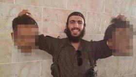 Němec se fotil s uřezanými lidskými hlavami: Džihádista dostal za válečný zločin jen dva roky (ilustrační foto)