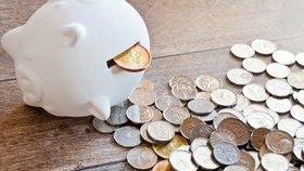 Jakými způsoby můžete spořit peníze?