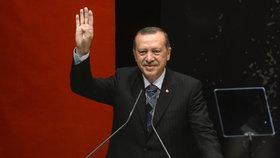Týden po státním převratu: Kam se řítí Erdoganovo Turecko?
