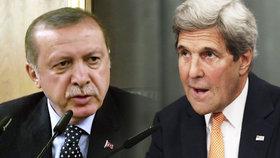 Turecko pryč z NATO? Kerry naznačil možnost odchodu Ankary.