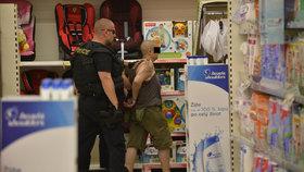 Potyčka v obchodním domě na Andělu skončila tragicky. Jedna žena druhou zabila.