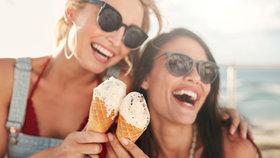 Zmrzlináři se mohou radovat, na balené zmrzlině loni vydělali o dvě procenta víc.