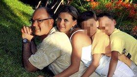 Mária s manželem a dvěma syny
