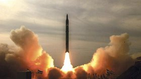 Írán, rakety (ilustrační foto)