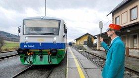 Vleklé problémy s nevýhodnou smlouvou na pronájem trati a s výkupy pozemků stály ministerstvo dopravy desítky milionů korun.