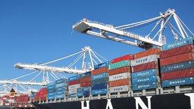 Vybrané zboží z USA bude od pátků podléhat odvetnému clu ve výši 25 procent (ilustrační foto)