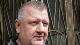 Dopravní podnik podle policie uzavřel nevýhodný kontrakt s firmou pražského lobbisty Ivo Rittiga.