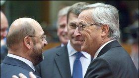 Martin Schulz (vlevo) a Jean-Claude Juncker