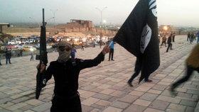 Zrůdný telefonát islamistů: Tvému synovi jsem uřízl hlavu, ty ku*vo!