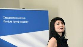 Protesty dnes provázely otevření Zastupitelského centra Doněcké lidové republiky v Ostravě. V čele centra stojí Nela Lisková, která používá označení honorární konzulka.
