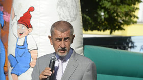 Babiš na setkání v Benešově během předvolební cesty