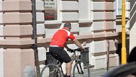 Kottovi v lázních v Třeboni: Petr Kott dřív počítal miliony, teď jen kilometry ujeté na kole.