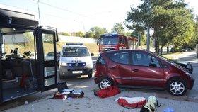 Při nehodě autobusu v Plzni se zranily dvě ženy.