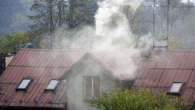 Čím topíte? Úředníci budou moci díky novele zákona o ovzduší kontrolovat kotle.
