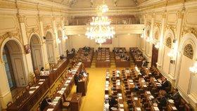 Poslanci řeší zavádění EET pro další odvětví