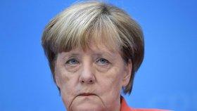 Nepozvání Merkelové na sjezd sesterské CSU oficiálně potvrzeno.
