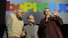 V roce 2013 byli František (uprostřed) společně s Pavlem oceněni za změnu vnímání gayů a leseb ve společnosti, pomáhání prosazovat práva LGBT minority a přispívání k odstraňování předsudků, diskriminace a homofobie.