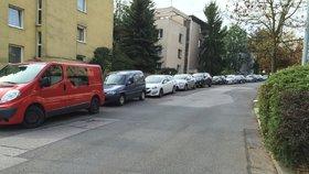 """Motivace vlády k likvidaci starých aut? Až pět tisíc jako """"šrotovné"""" (Ilustrační foto)"""