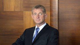 Lobbista Roman Janoušek úmyslně přejel svým vozem ženu v pražských Nuslích. Dostal za to 4,5 roku vězení.