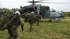 Česko patří mezi evropské země, které vydávají nejméně peněz na obranu (foto české armády)