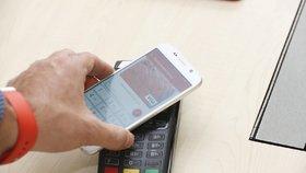 Bezkontaktní platba mobilem