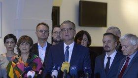 Kalousek předsedou TOP 09 zůstane. I přes volební neúspěch ho strana podpořila.