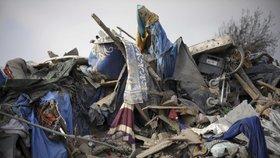 Zbytky dnes už bývalého uprchlického tábora ve francouzském Calais