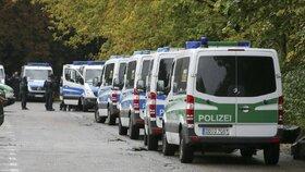 Syřana (22) zadržela německá policie v saském městě Plavno (Plauen). Podezřívá ho z členství v teroristické organizaci Islámský stát.