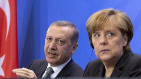 Společná tisková konference Recepa Tayyipa Erdogana a Angely Merkelové v Berlíně, únor 2016