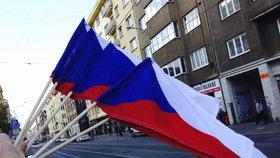 Počet obyvatel Česka se v 1. pololetí zvýšil zhruba o 15.400 na 10,625.449 lidí.