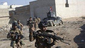 V Mosulu pokračují boje mezi iráckými silami a Islámským státem.