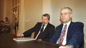 Spor o Lidový dům: Zdeněk Altner s Vladimírem Špidlou v roce 2000