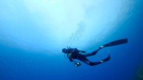 Český potápěč utonul v jeskyni na řeckém ostrově Karpathos (ilustrační foto)