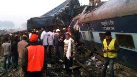 Nehoda vlaku v Indii si vyžádala nejméně 96 mrtvých