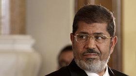 Doživotí pro egyptského exprezidenta Mursího bylo zrušeno. Soud obnoví jiný proces.