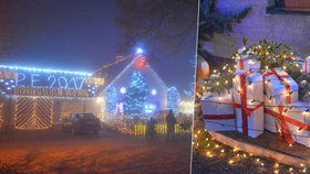 Nejosvětlenější vánoční dům zdobí 42 tisíc žároviček.