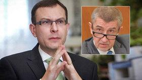 Ústavní právník Jan Kysela zhodnotil páky Sněmovny proti memorandu, které kritizuje například Andrej Babiš (ANO).