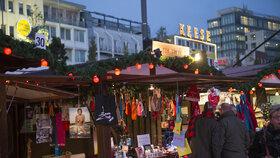 Trhy ve čtvrti červených luceren - Hamburk, Německo