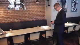 Andrej Babiš vyrazil první den fungování EET na inspekci do pražských kaváren (1. 12. 2016)
