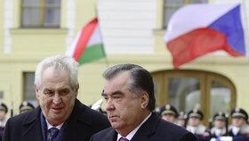 Dívčina matka se s žádostí o pomoc obrátila k tádžickému prezidentovi Imomalu Rachmonovi. Ten byl koncem roku na návštěvě v ČR.