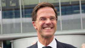 """""""Útok na De Telegraaf je fackou do tváře svobodného tisku a nizozemské demokracie,"""" napsal Rutte na Twitteru"""