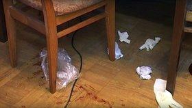 Ubrousky zašpiněné krví obětí
