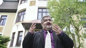 Senátor a starosta Chrastavy Michael Canov