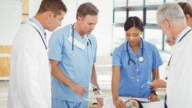 Lékařům ani sestrám se nelíbí změny ve vzdělávání. Komu se možná vyhnou?